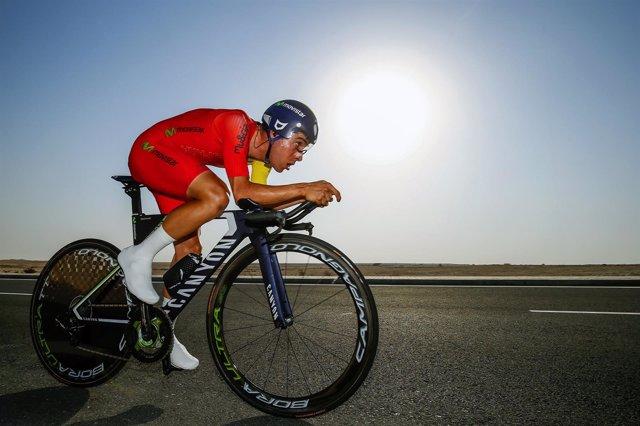 Jonathan Castroviejo, ciclista del Movistar en una crono