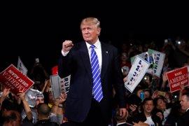 """La campaña de Trump tilda de """"ficción"""" las denuncias por tocamientos inapropiados"""