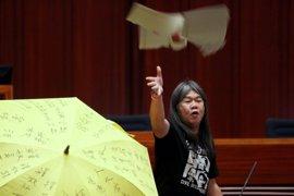 Protestas contra China en la toma de posesión del presidente del Parlamento de Hong Kong