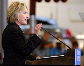 Miembros del FBI y de Justicia creen que habría que imputar a Clinton por los mails