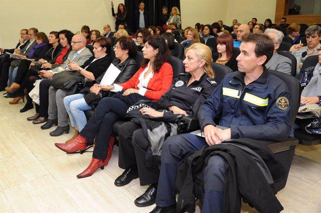 Nota Y Fotos Aytova. Jornada Trata Seres Humanos