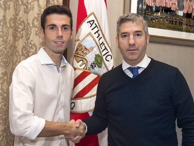 Markel Susaeta firma su renovación con el Athletic Club