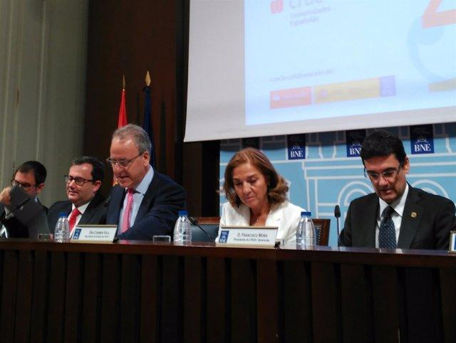 """Informe """"La Universidad española en cifras 2014-2015"""", CRUE Universidades Españo"""