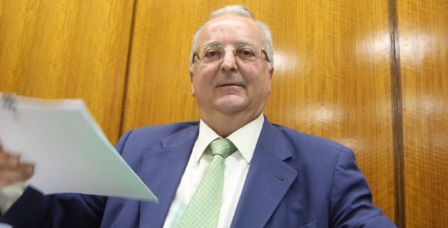 El exconsejero de Empleo Antonio Fernández ante la comisión de investigación