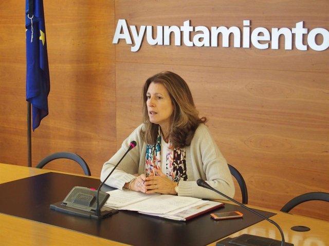La concejala de Hacienda, Mar San Martín, explica Plan Mejora Contratación