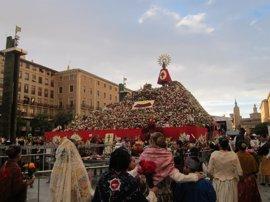 Casi medio millón de personas disfrutan del día grande de las fiestas del Pilar