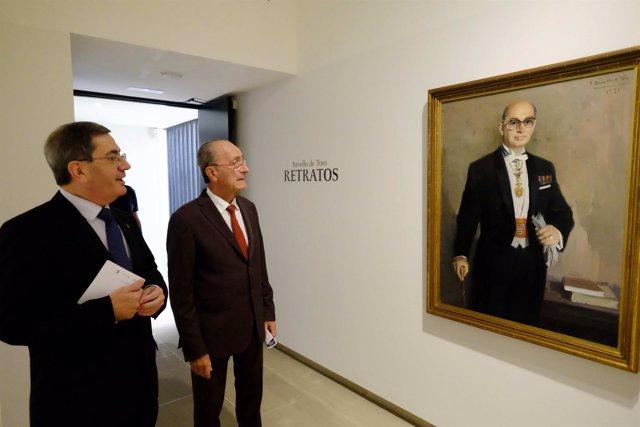 Acto de presentación de la exposición 'Retratos' en el Museo Revello de Toro.