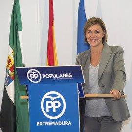 """Cospedal tiende """"la mano"""" al PSOE y recuerda que los políticos están para gobernar, no para ser """"saltimbanquis"""""""