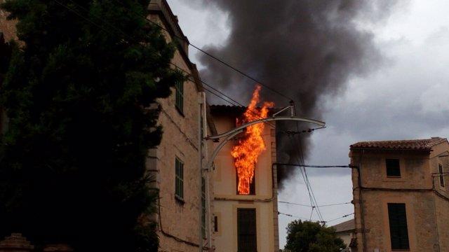 Incendio de una casa en Sóller