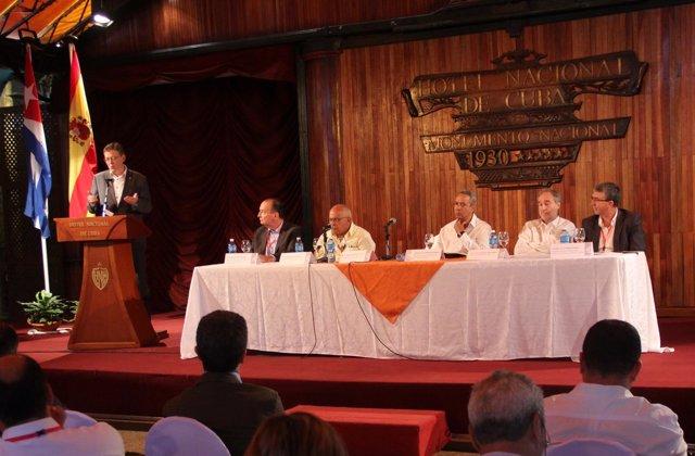 Puig en el encuentro empresarial Valencia-Cuba