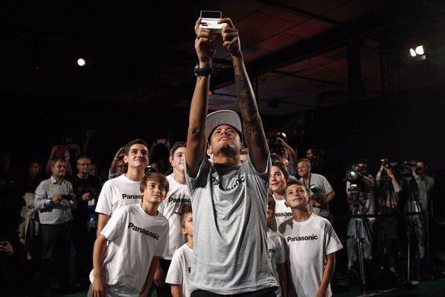 Neymar Panasonic