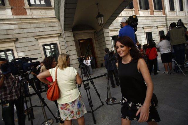 Andrea Levy en el Congreso durante la sesión de investidura