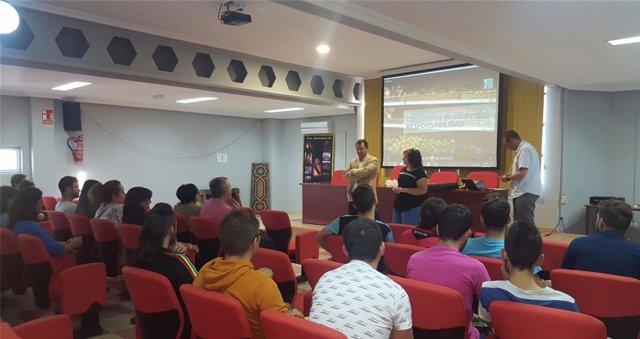 Uno de los cursos organizados por la Diputación de Jaén.