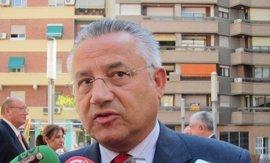 """Oltra, sobre el mantenimiento de Domínguez en las Corts, pide al PP que """"lo que no quiere no lo deje al resto"""""""