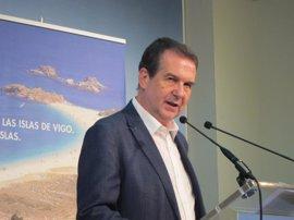 """Caballero (PSOE) no ve """"normal"""" que el PSC dé """"lecciones"""" políticas a otros socialistas"""