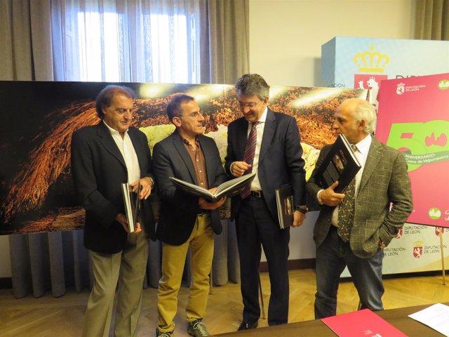 La Diputación De León Presenta El Libro Conmemorativo Del 50 Aniversario De La C