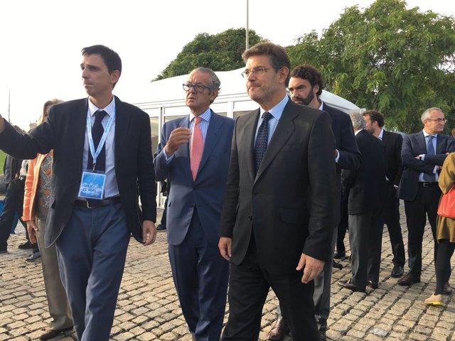 El Ministro De Fomento En Funciones, Rafael Catalá