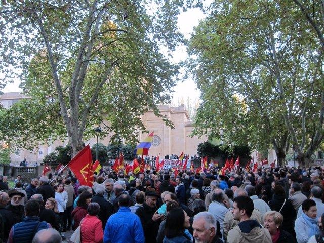 Concentración en Pamplona en contra del fascismo