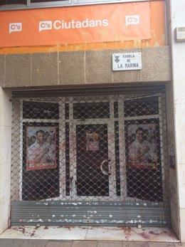 Actos vandálicoscontra la sede de C's en L'Hospitalet de Llobregat