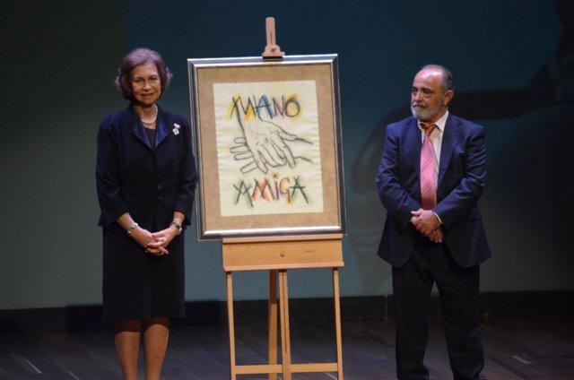 La Reina Sofía recibe el premio 'Mano Amiga' de Alzheimer León