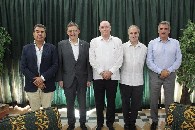 Puig, junto al presidente de Air Nostrum, Carlos Bertomeu, reunidos en Cub