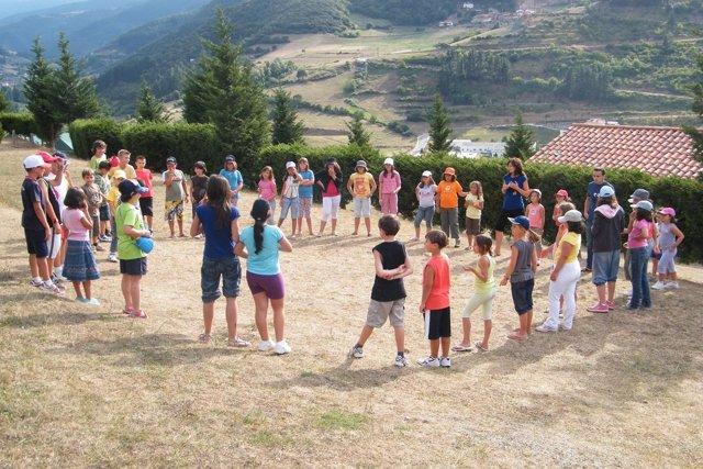 Niños en un campamento de verano
