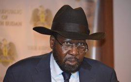 Kiir recalca que Machar sólo podrá volver a Sudán del Sur si denuncia la violencia