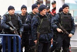 Tres policías muertos en una explosión durante una operación contra el Estado Islámico en Turquía