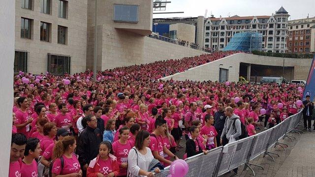 Carrera solidaria contra el cáncer de mama