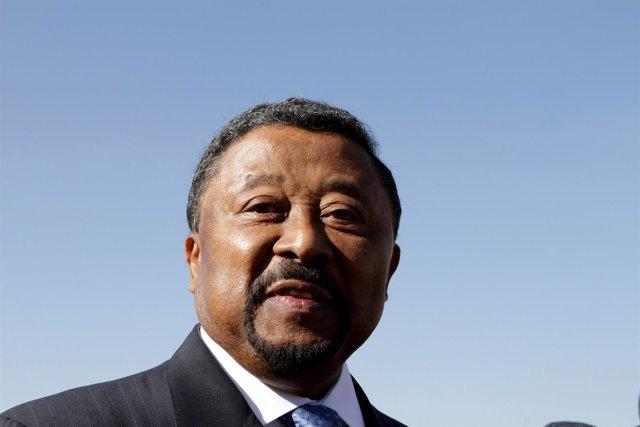 El líder de la oposición gabonesa, Jean Ping