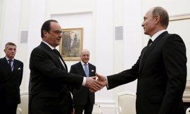 Hollande no reducirá la presión sobre Rusia pero se muestra dispuesto a reunirse con Putin