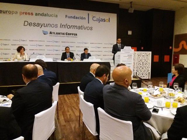 Desayuno informativo de Europa Press con el alcalde de Granada
