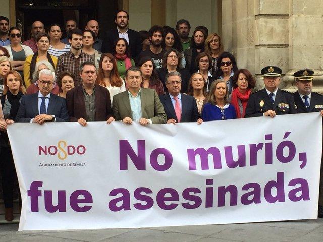 Concentración en Sevilla por el crimen de Olivares.