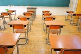 """Una familia denuncia el acoso escolar a su hijo: """"Está sedado porque quería quitarse la vida"""""""