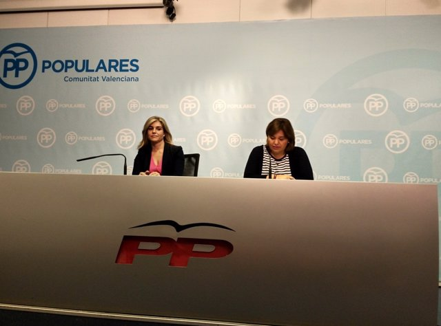 Isabel Bonig y Eva Ortiz en rueda de prensa