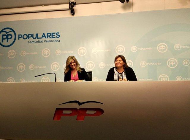 Isabel Bonig y Eva Ortiz en una rueda de prensa
