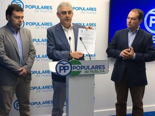 Manuel Gómez denuncia alcaldesa Gibraleón