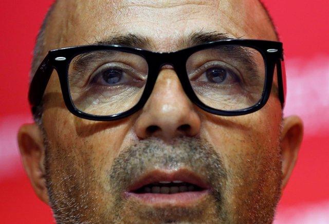El Entrenador Del Sevilla FC Jorge Sampaoli