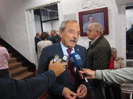 El alcalde de Oviedo considera que el PSOE está obligado a escuchar a su militancia
