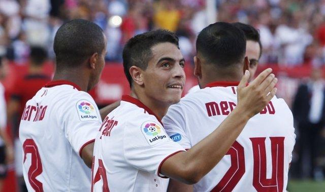 Sevilla supera al Alavés