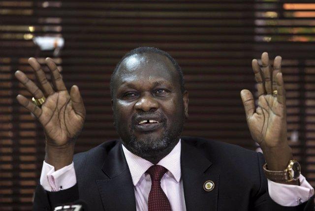 El líder rebelde de Sudán del Sur, Riek Machar