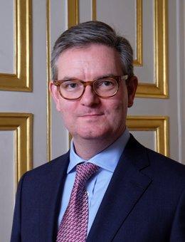 El exembajador británico en Francia Julian King
