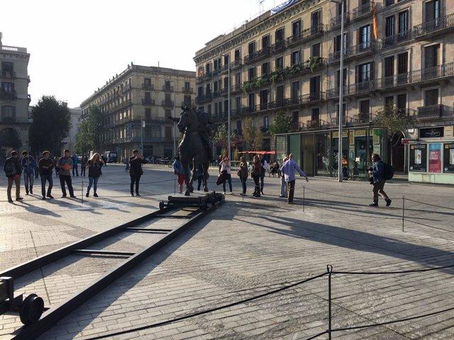 Estatua ecuestre de Franco en el Born