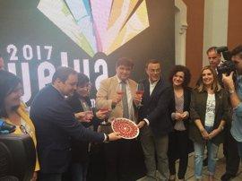 """Caraballo: """"La capitalidad gastronómica y el 525 Aniversario situarán a Huelva"""""""