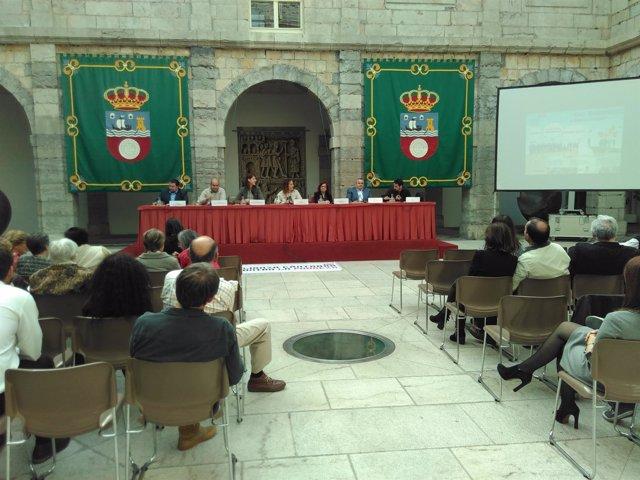 Acto de la Alianza Cántabra contra la Pobreza en el Parlamento