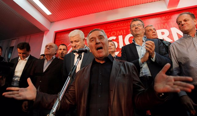 Milo Djukanovic Durante La Campaña De Las Elecciones Parlamentarias