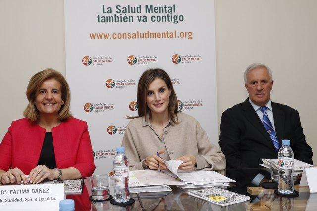 La Reina Letizia visita la Confederación Salud Mental España