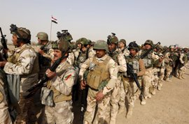 Las fuerzas de Irak arrebatan a Estado Islámico una localidad ubicada al sur de Mosul