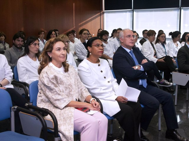 Ceniceros en inauguración Centro Documentación Bioética CIBIR