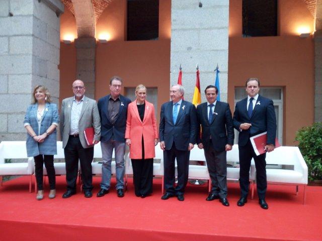 Cifuentes y Daniel Lacalle con los agentes económicos